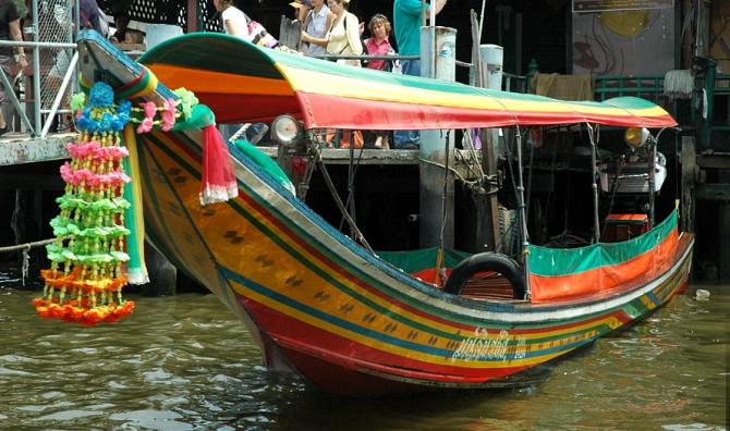 Тайская лодка Лонгтейл