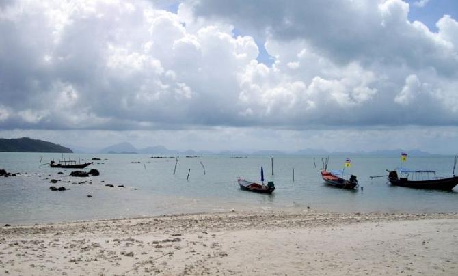 Пляж Тонг Танот