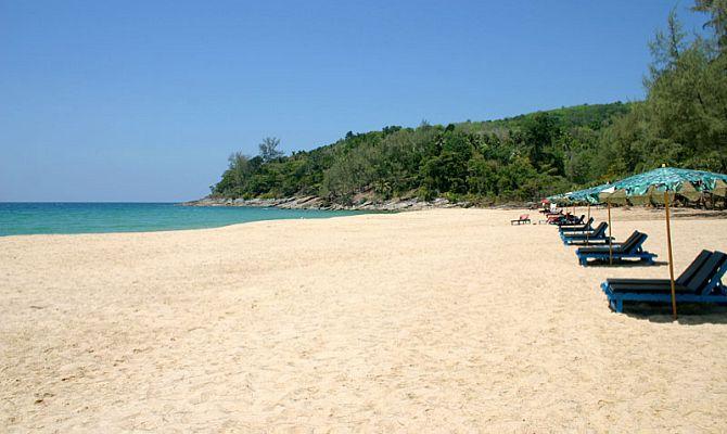 Пляж Найтон -  обзор самого маленького пляжа острова Пхукет