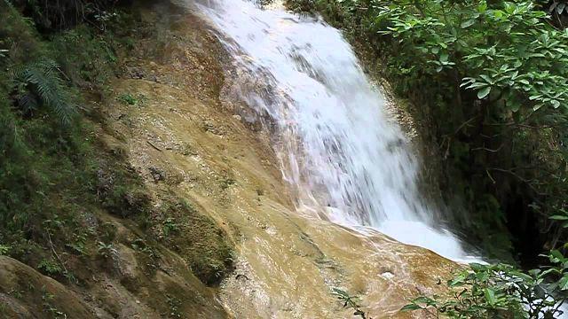 водопад таиланда