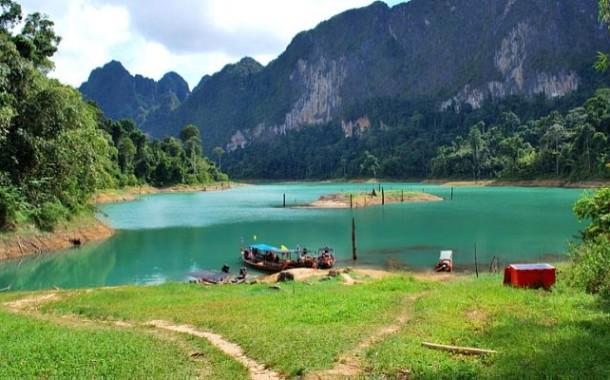 Озеро Чео Лан в национальном парке Као Сок