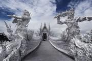 Белый храм Ват Ронг Кхун (Wat Rong Khun) в Тайланде