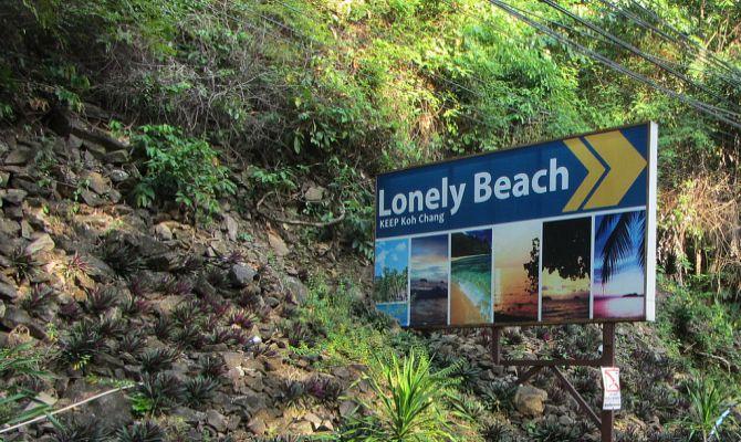 Пляж Лонли (Lonely beach) – самый молодежный пляж Ко Чанга