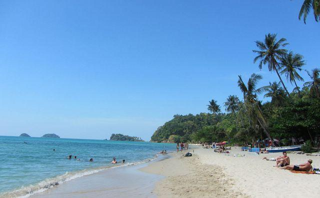 Lonely_Beach_Koh_Chang_4