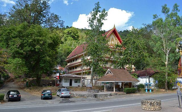 Горячие источники парка Раксаварин (Raksawarin Park, Ranong Hot Springs)