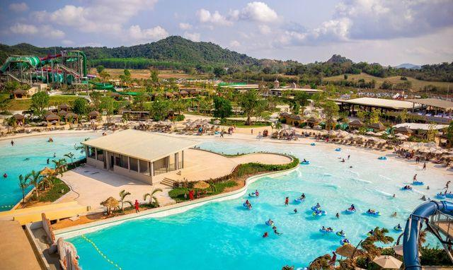 RamaYana-Waterpark Wave-Pool