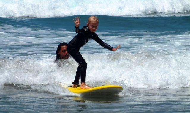 surf-lesson-children-1