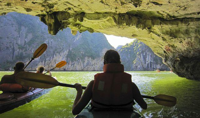 halong-bay-kayaking-cave