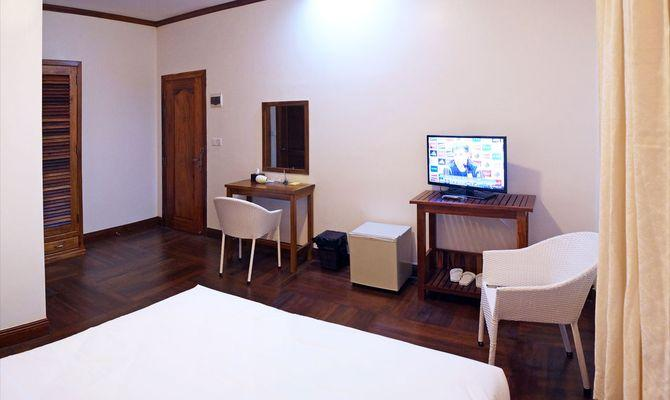 What to choose: hotels in Cambodia or rental housing