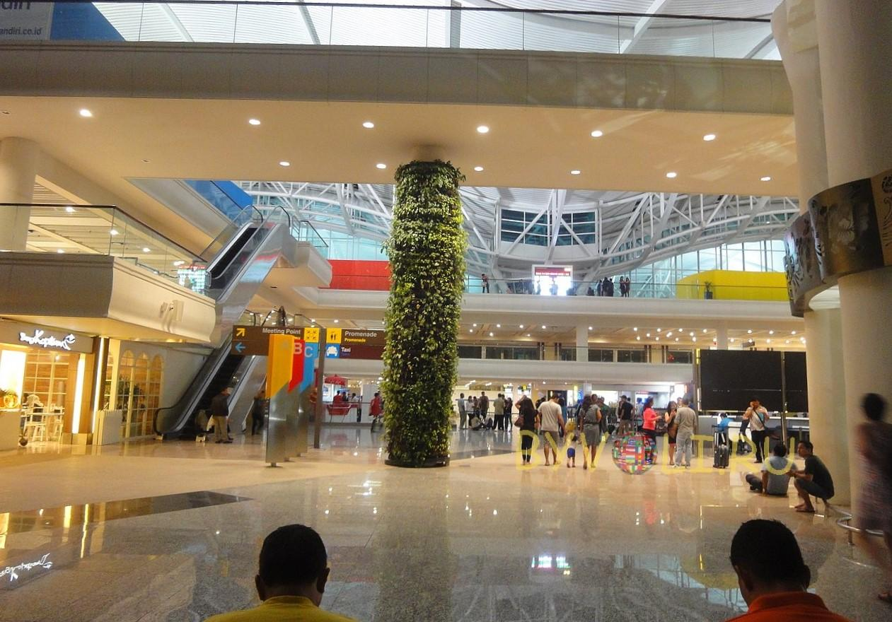 Ngurah Rai International Airport зона прилета