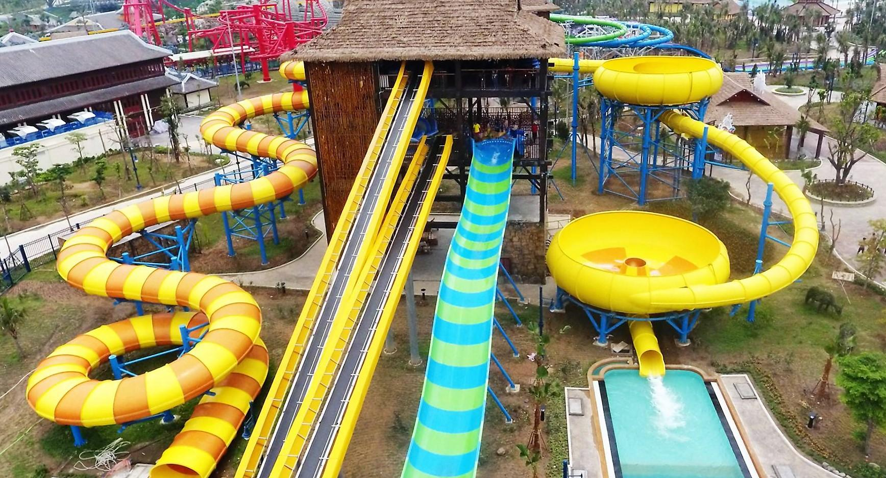 Аквапарк Тайфун (Typhoon Water Park), провинции Куангнинь