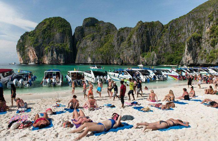 NUDIST BEACHES AND HOTELS IN THAILAND
