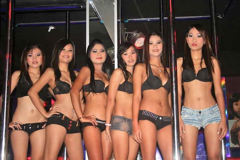 Where to hook up with sexy girls in phuket