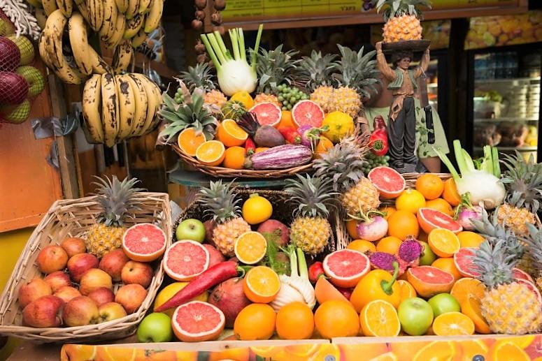 How many fruit can be taken out from Vietnam