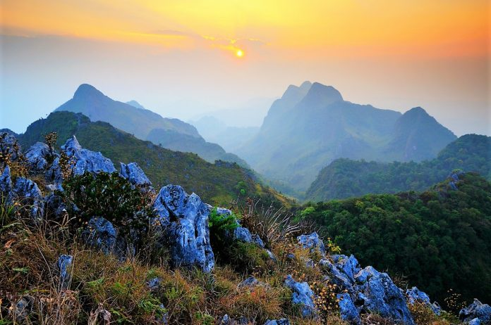 THE MOUNTAINS OF THAILAND — TRACKING AND SIGHTS