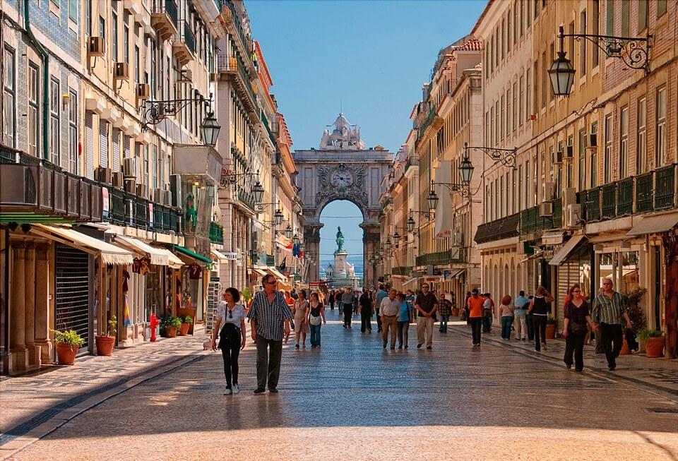 Lissabona necə getmək olar