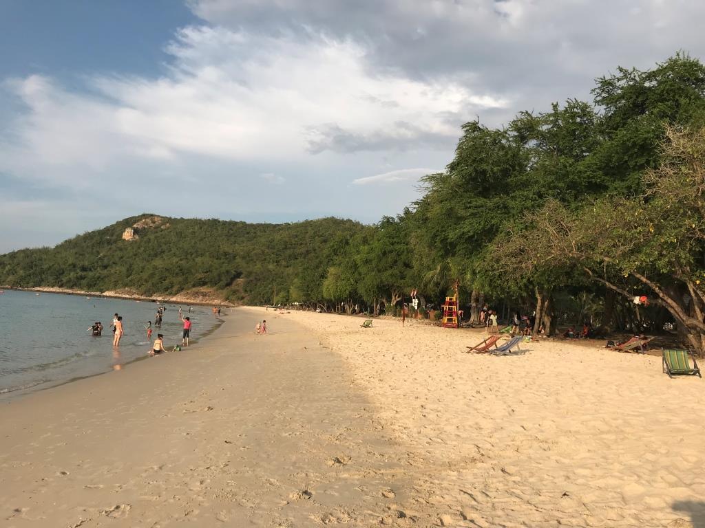Militè Beach nan Pattaya