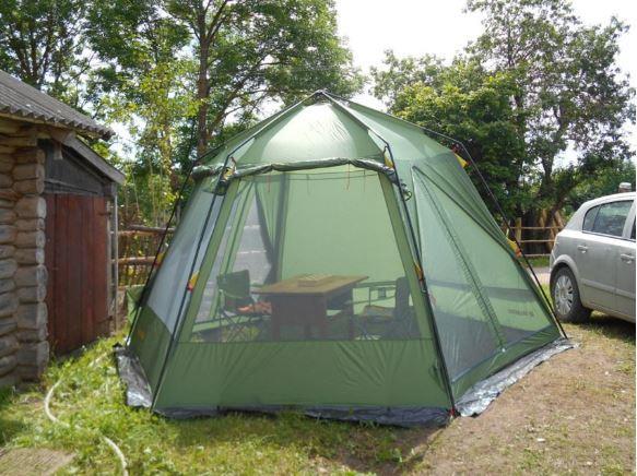 Палатка со стальными дугами