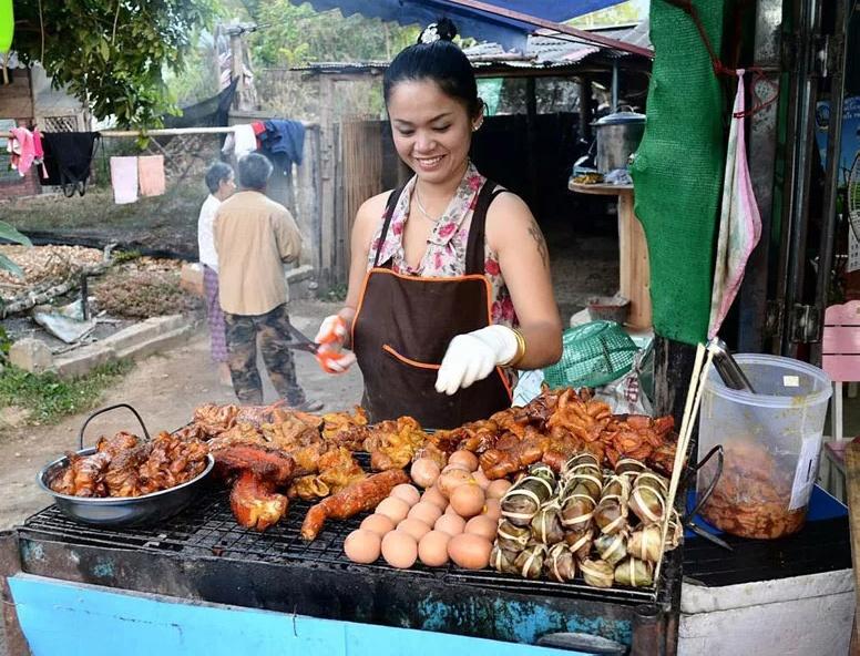 อาหารริมทางในเวียดนาม
