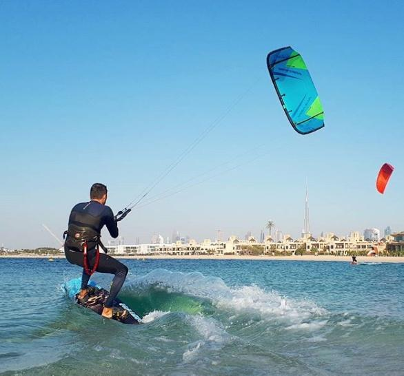 Kitesurfing in UAE