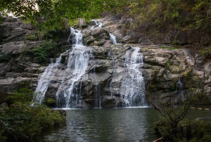 Than Thip Waterfall