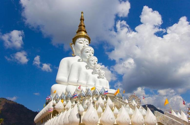 Wat Phra That Pha Son Kaeo