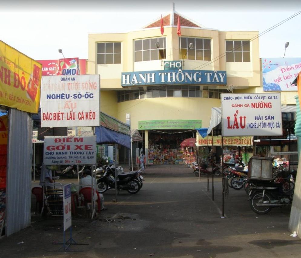 Hanh Thong Tay Market