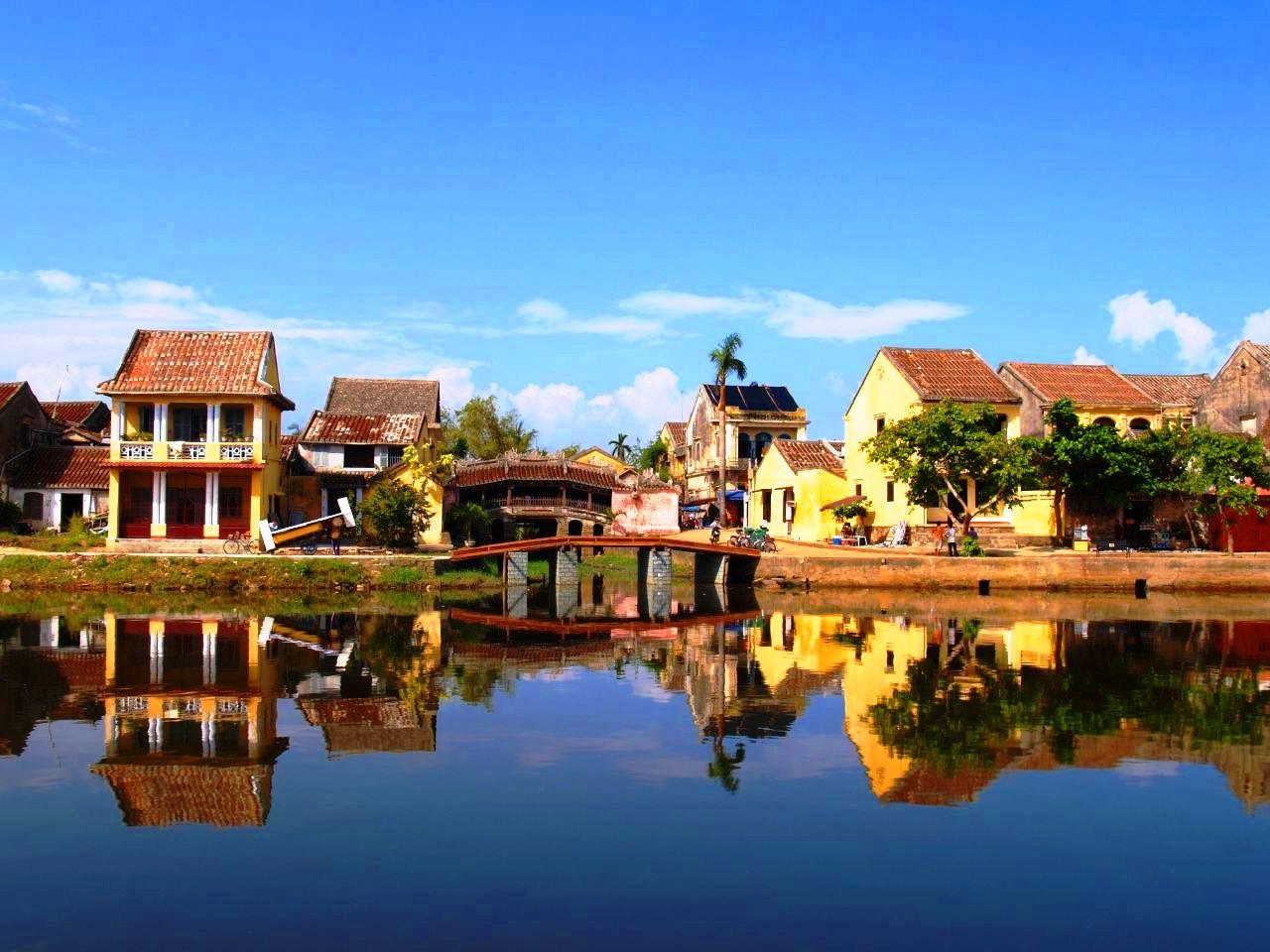 วิธีการเดินทางจาก Nha Trang ถึง Hoi An