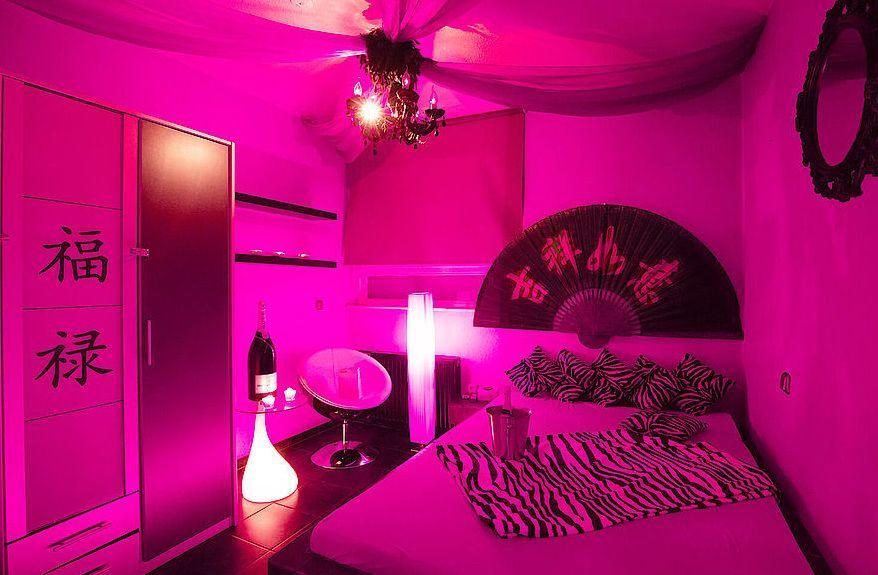 Pink Palace Den