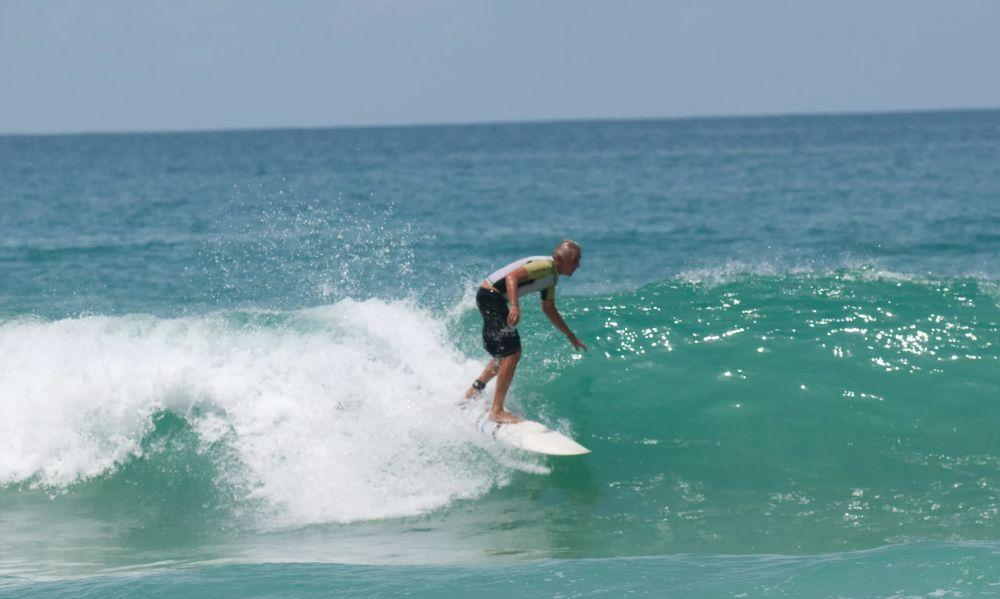 Surin Beach surfing