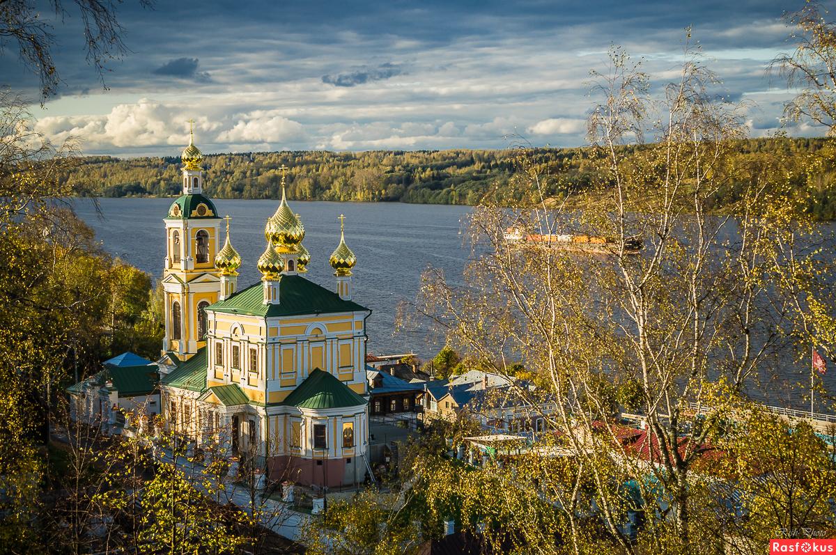 Каменная Воскресенская церковь