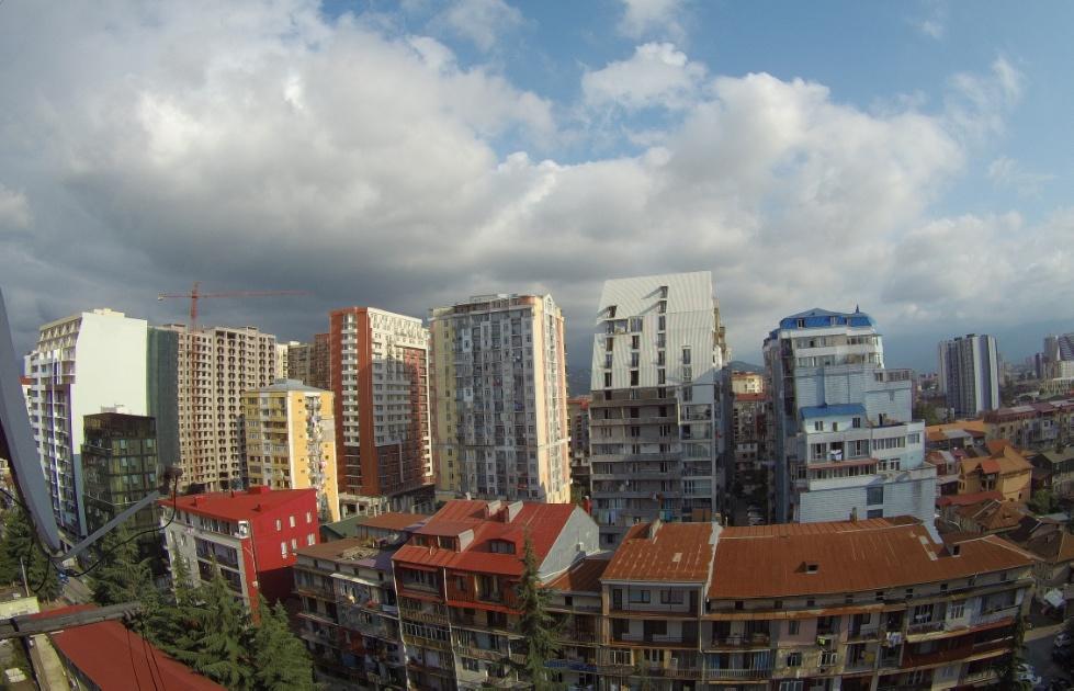 มุมมองของ Batumi จากหน้าต่าง